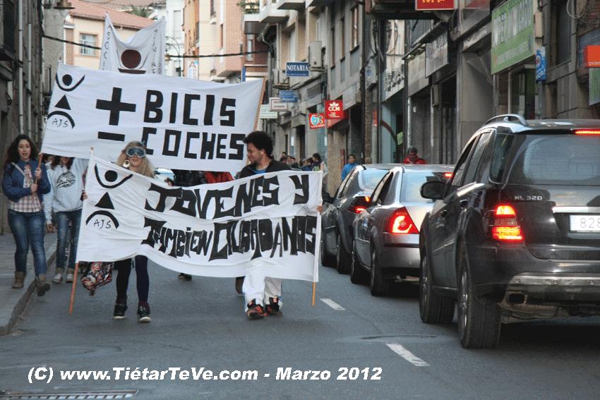 2012-03-17-BiciFlashMob Jóvenes Solidarios