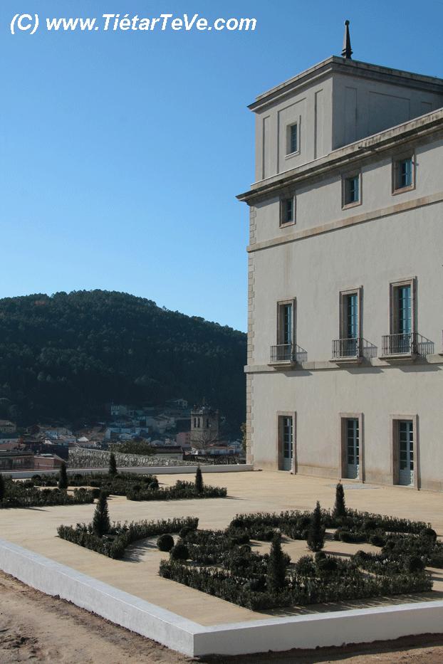 Bienes de Interés Cultural - Palacio de la Mosquera con la Terraza Ventura Rodríguez
