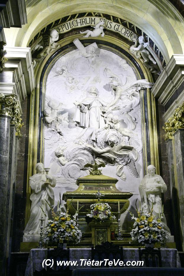 Bienes de Interés Cultural - Altar de la Capilla Real del Santuario de San Pedro de Alcántara