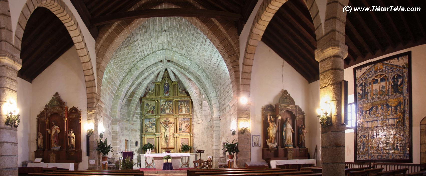 Bienes de Interés Cultural - Panorámica Interior Iglesia Candeleda