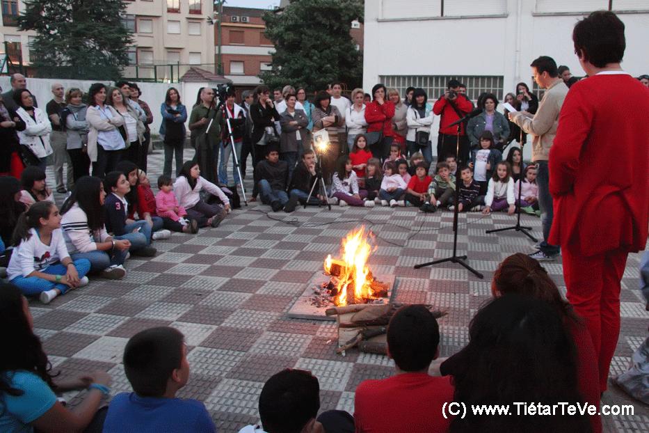 Cuentos al Amor de la Lumbre 2011 - Colegio Divina Pastora