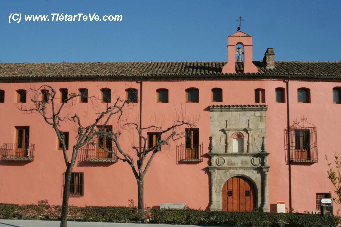 Fachada del Hospital de San Andrés en Mombeltrán - TiétarTeVe