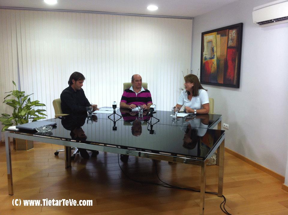 2012-09-12 Tiempo de Tertulia con Caridad Galán y Oscar Tapias