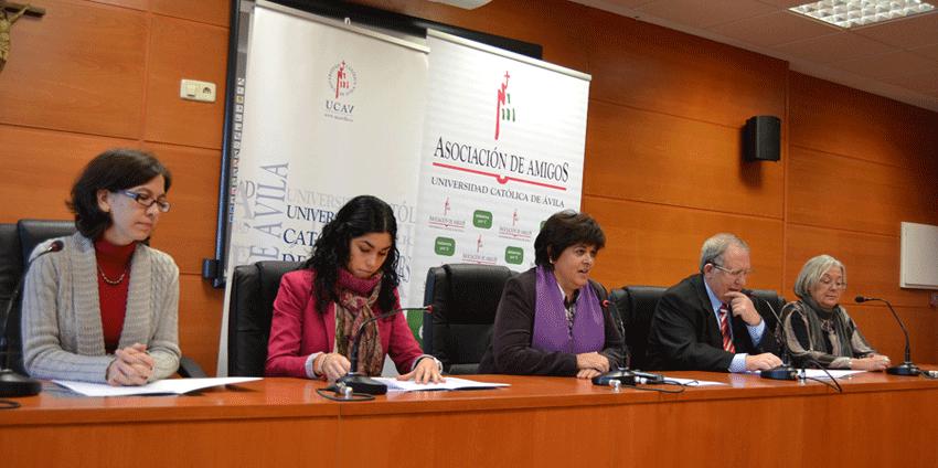 Conferencia de Prensa II Concierto Ávila Canta la Navidad - TiétarTeVe