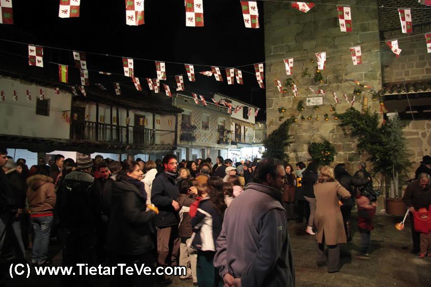 Plaza del Moral en las Fiestas en honor a San Sebastián en Poyales del Hoyo del 2010 - TiétarTeVe.com