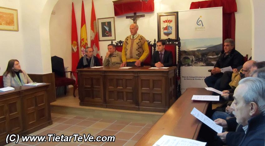 2013-01-03 Reunión Ayuntamientos Gredos Sur - TiétarTeVe.com