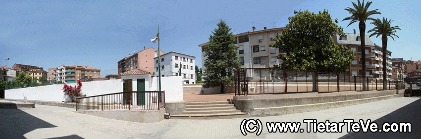 Patio Exterior Colegio Divina Pastora de Arenas de San Pedro - TiétarTeVe