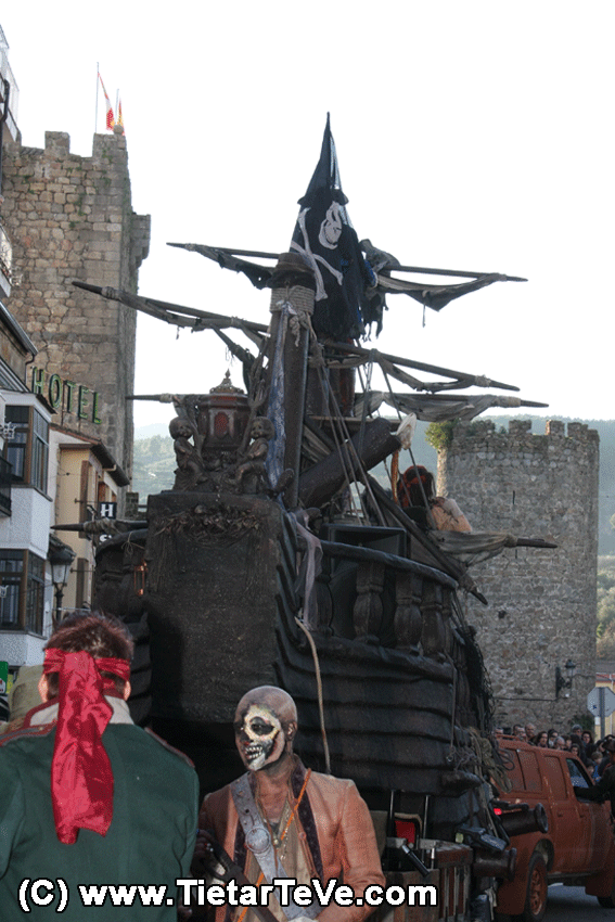 Piratas del Caribe - La Perla Negra - Carnaval de Arenas de San Pedro 2013 - TiétarTeVe