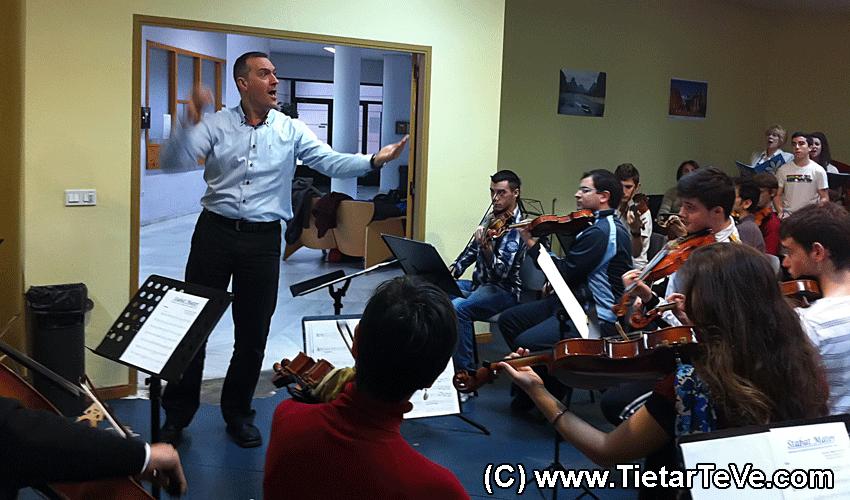 Música Coral - Ensayos de los Coros de Candeleda y Arenas con la Orquesta de Talavera de la Reina - TiétarTeVe