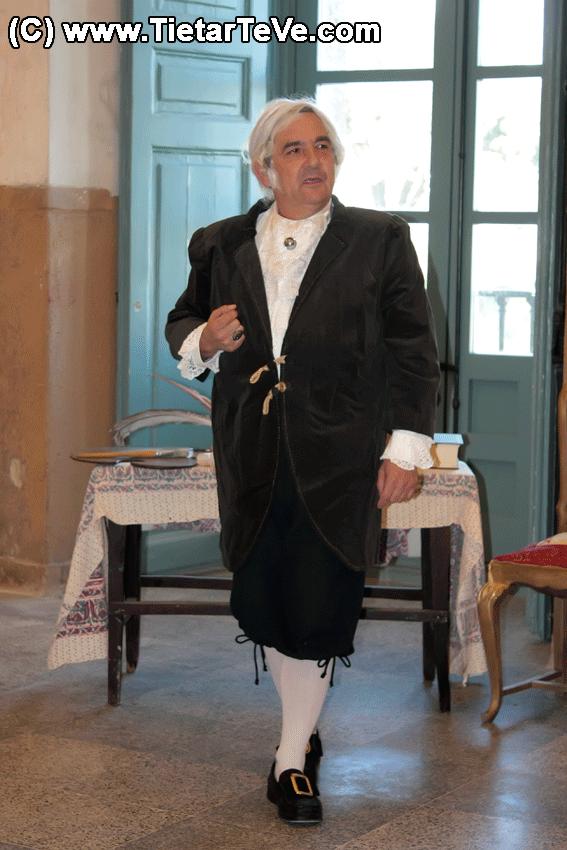 Luis Reina interpretando a Goya en el Palacio de la Mosquera de Arenas de San Pedro - TiétarTeVe