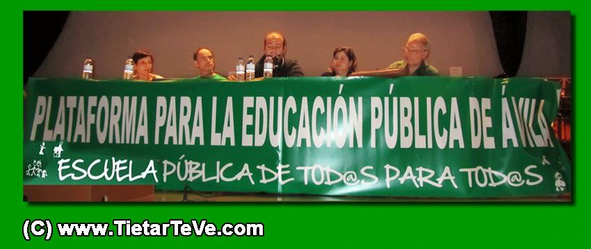 Mesa presidencial de la reunión de la Plataforma para la Educación Pública en Arenas de San Pedro - TiétarTeVe
