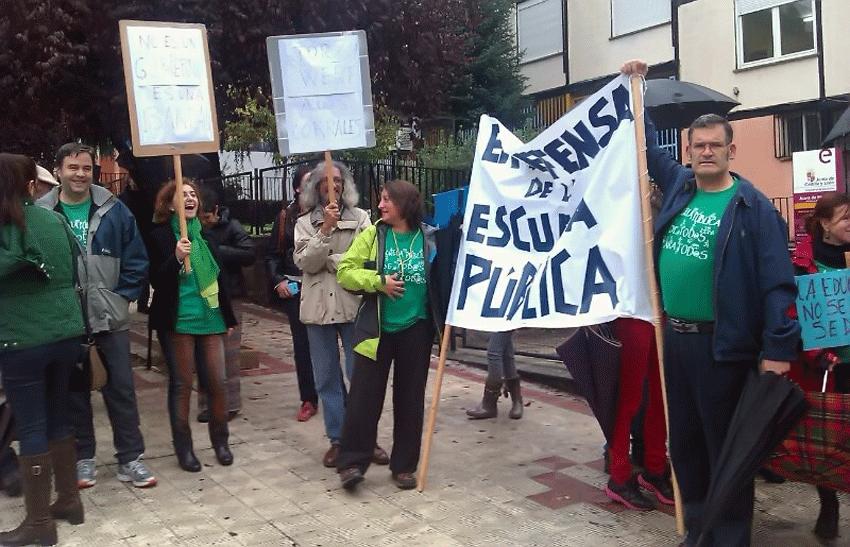 Huelga en la Educación en Arenas de San Pedro - TiétarTeVe