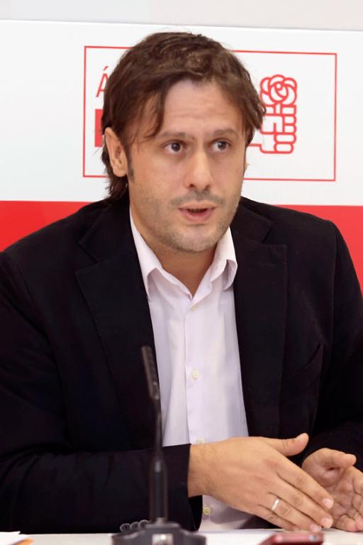 Óscar Tapias Grégoris del PSOE de Arenas de San Pedro - TiétarTeVe