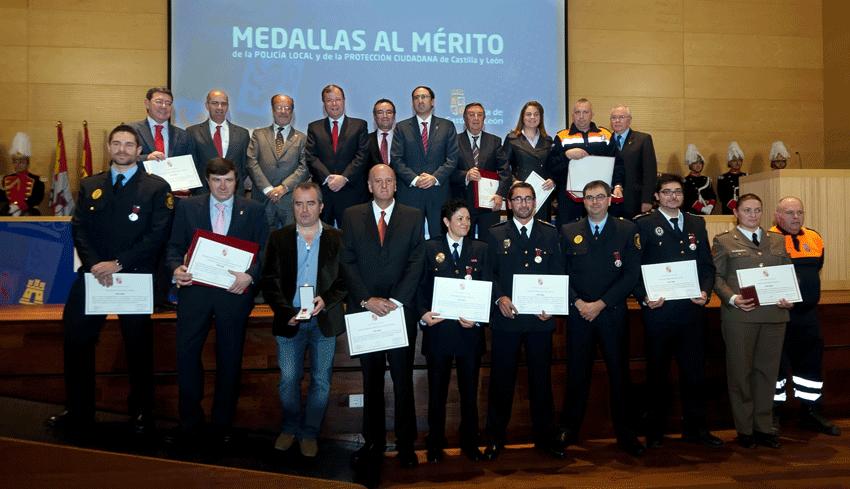 Entrega de Medallas de Protección Civil - TiétarTeVe