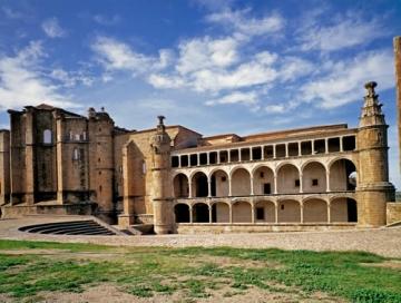 Convento de San Benito en Alcántara (Cáceres)