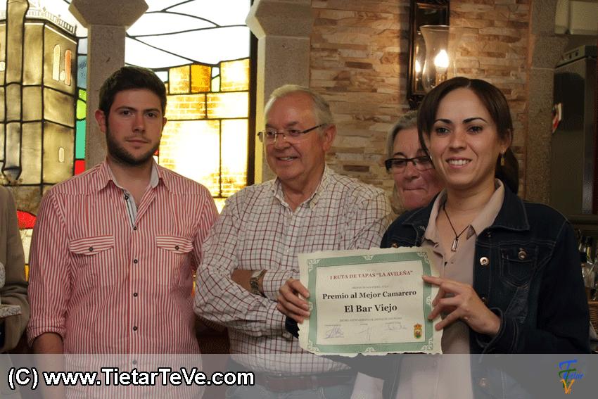 Premio a la Mejor Camarera Ruta Avileña de Arenas de San Pedro - Bar Viejo - TiétarTeVe