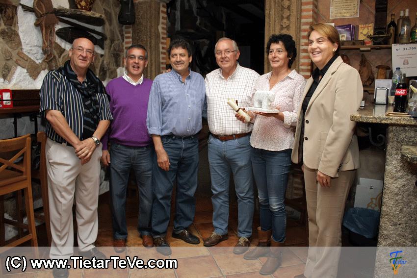 Premio a la Mejor Camarera Ruta Avileña de Arenas de San Pedro - Taberna Museo de Arenas - TiétarTeVe