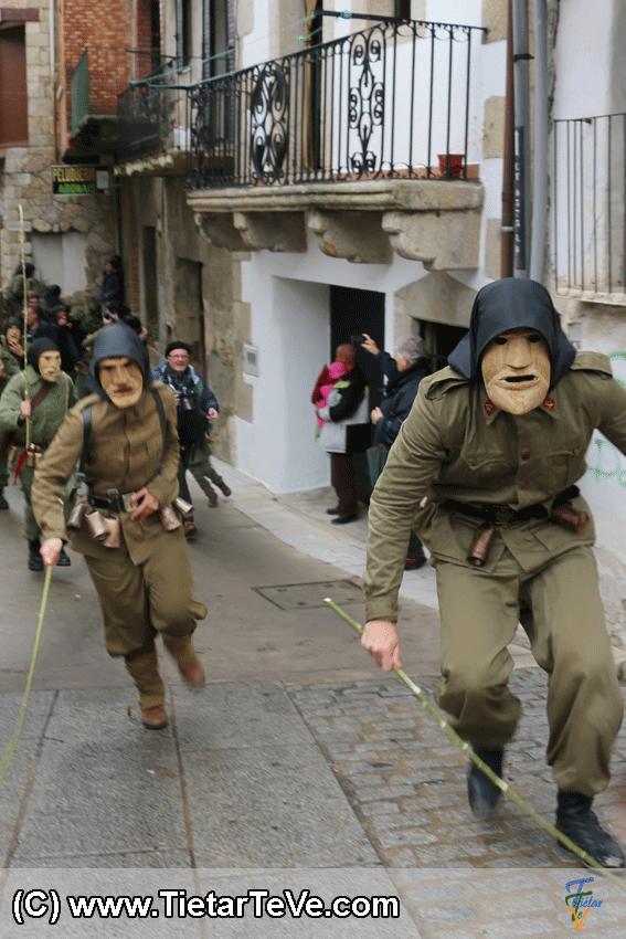 Los Machurreros de Pedro Bernardo por las calles - TiétarTeVe