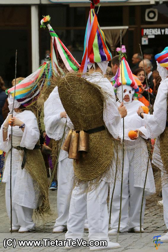 Los Zarramaches de Casavieja en Mascarávila 2015 - TiétarTeVe