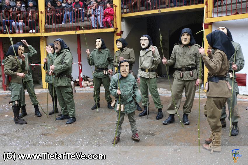 Los Machurreros de Pedro Bernardo en el I MarcarÁvila 2015 - TiétarTeVe