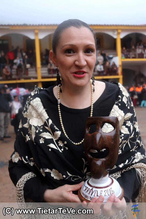 Máscara de recuerdo para el Grupo El Maquilandrón de Piedralaves en Mascarávila 2015 - TiétarTeVe