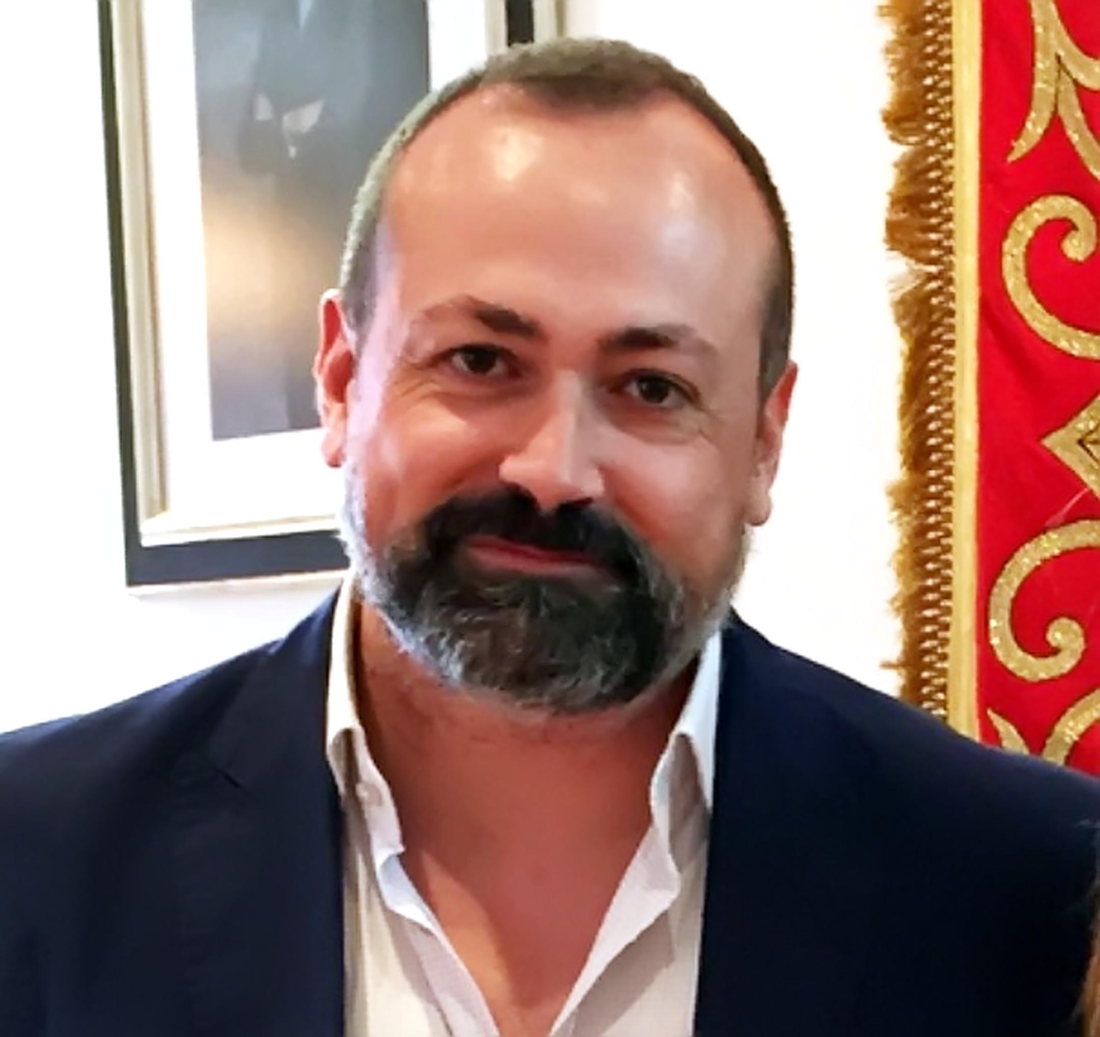 Miguel Hernández Alcojor, alcalde de Candeleda - TiétarTeVe