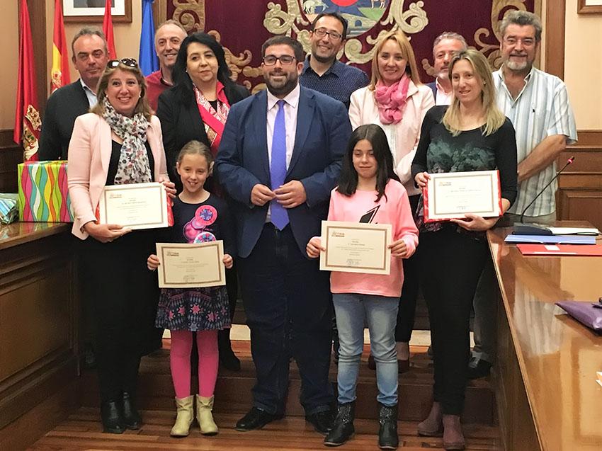 Premios del Concurso de Dibujo Infantil sobre Igualdad de Género de Diputación de Ávila – TiétarTeVe