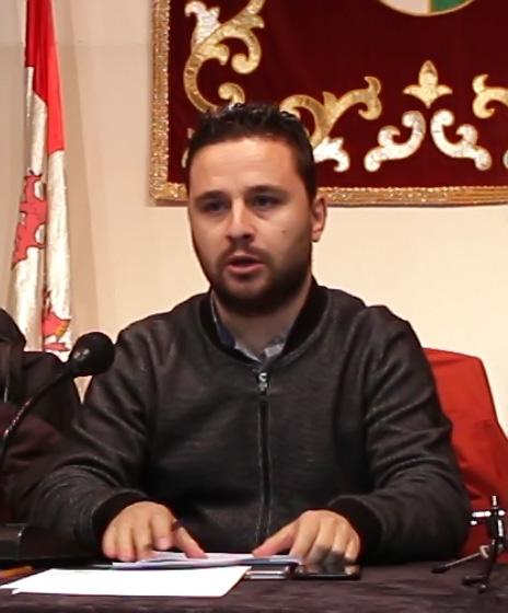 Roberto Aparicio - Alcalde La Adrada - TiétarTeVe