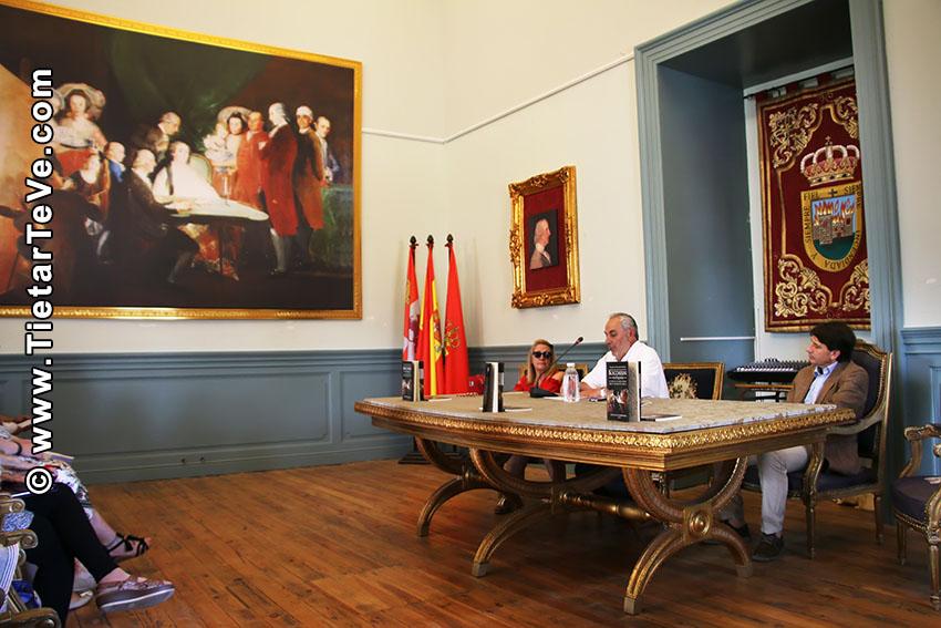 Presentación del libro sobre Boccherini en España - Arenas de San Pedro - TiétarTeVe