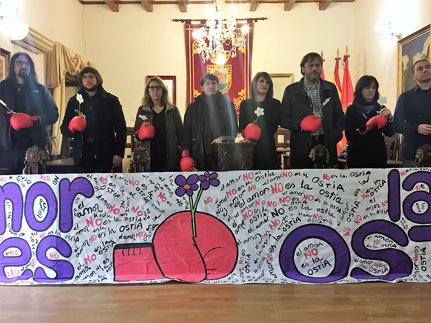 Actos contra la Violencia de Género en Arenas de San Pedro - TiétarTeVe