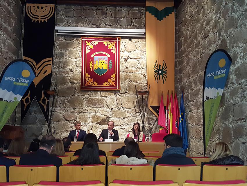 Presentación Vehículos Residuos Urbanos - Mancomunidad de Municipios del Bajo Tiétar - TiétarTeVe
