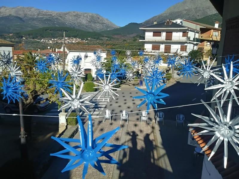 Adornos de Navidad Reciclados en San Esteban del Valle - TiétarTeVe
