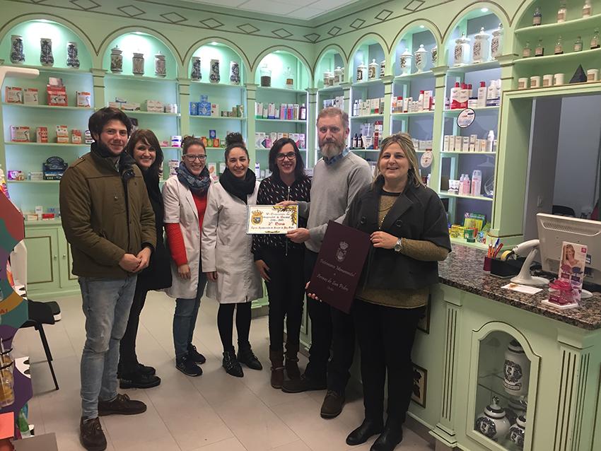Segundo Premio V Concurso de Escaparates Arenas de San Pedro - Farmacia Sánchez-Monge - TiétarTeVe