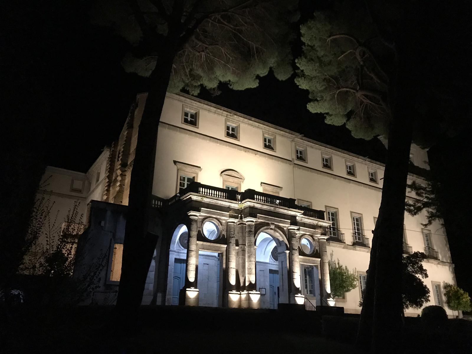 Palacio de La Mosquera iluminado - Arenas de San Pedro - TiétarTeVe