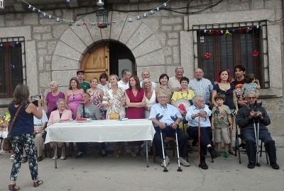 Homenaje a los Mayores de El Hornillo - TiétarTeVe
