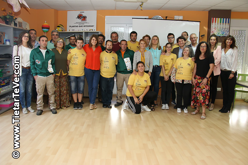 Firma Convenio Aredis - Arenas de San Pedro - TiétarTeVe