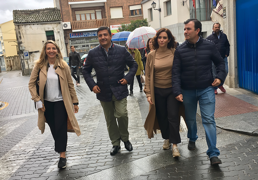 Díaz Ayuso visita Sotillo de La Adrada - TiétarTeVe