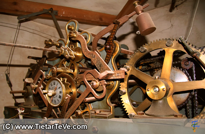 Maquinaria del Reloj de la Iglesia de Nuestra Señora de la Asunción - Arenas de San Pedro - TiétarTeVe