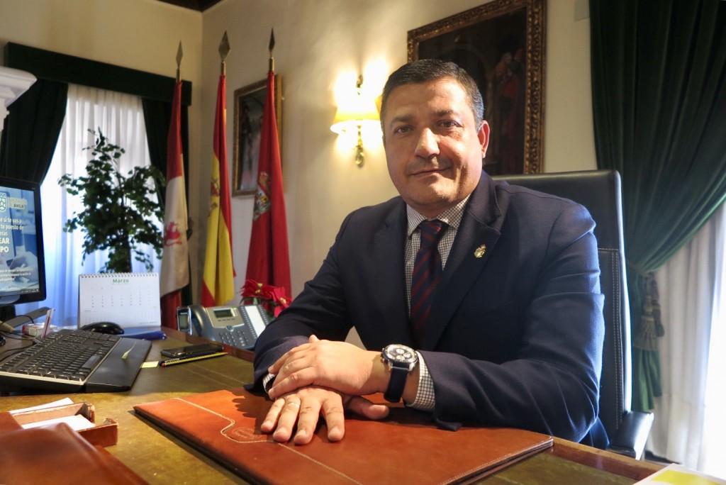 Carlos García - Presidente de la Diputación Provincial de Ávila - Despacho de Presidencia - TiétarTeVe