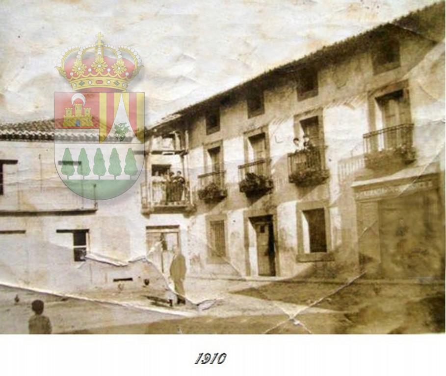 Sotillo de La Adrada - Plaza de abajo 1910 - TiétarTeVe