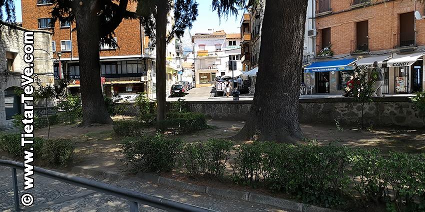 Arreglo Plaza Condestable Davalos Arenas de San Pedro - TiétarTeVe