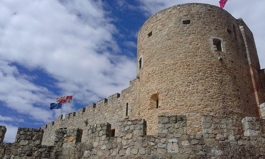 Castillo de La Adrada - TiétarTeVe