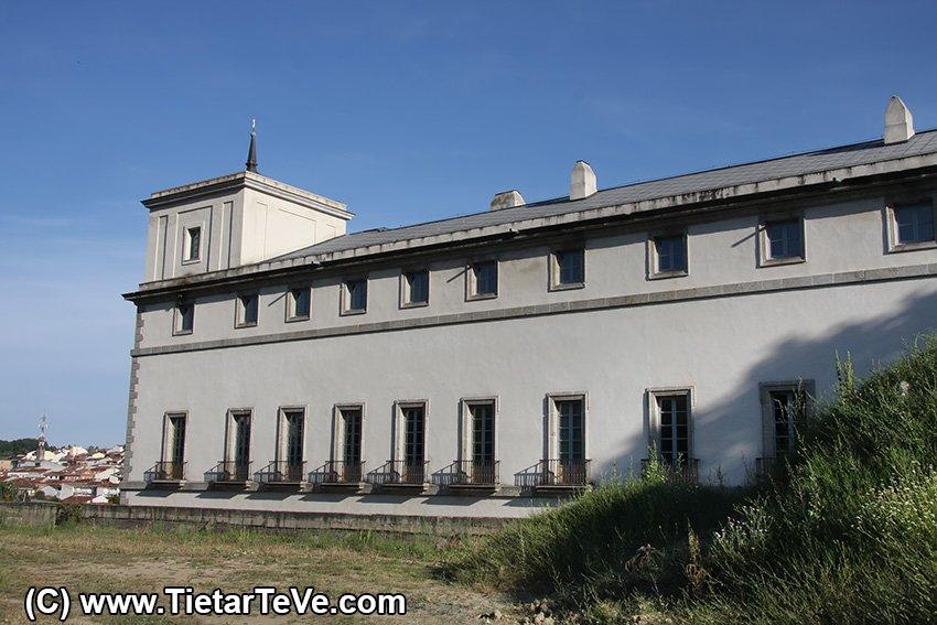 Palacio del Infante don Luis o Palacio de La Mosquera - Arenas de San Pedro