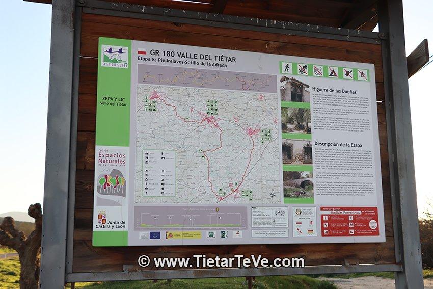 Cartel del GR-180 en Higuera de Las Dueñas