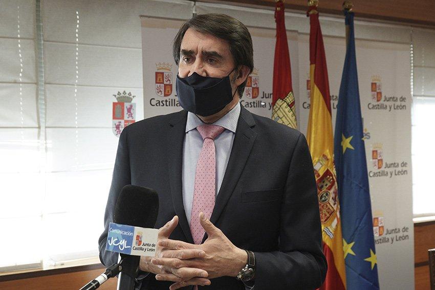 Consejero de Fomento y Medio Ambiente, Suárez-Quiñones.