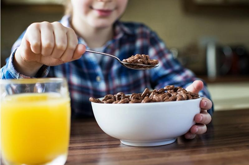 """Artículo de la OCU: """"Alimentos para niños: demasiada publicidad insana"""""""