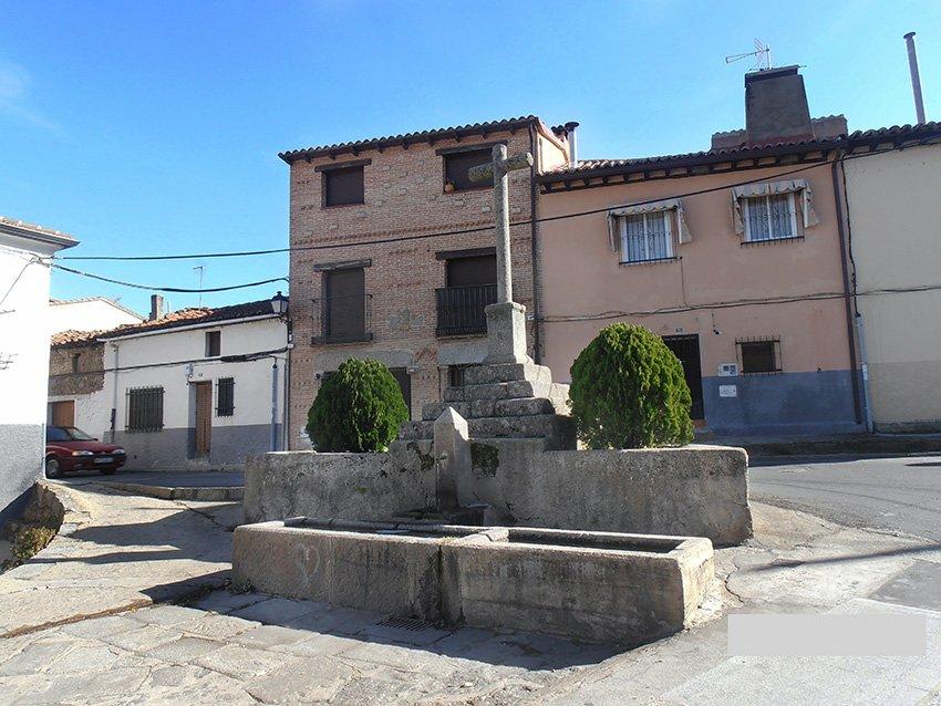 Fuente de la Cruz de San Sebastián - El Tiemblo