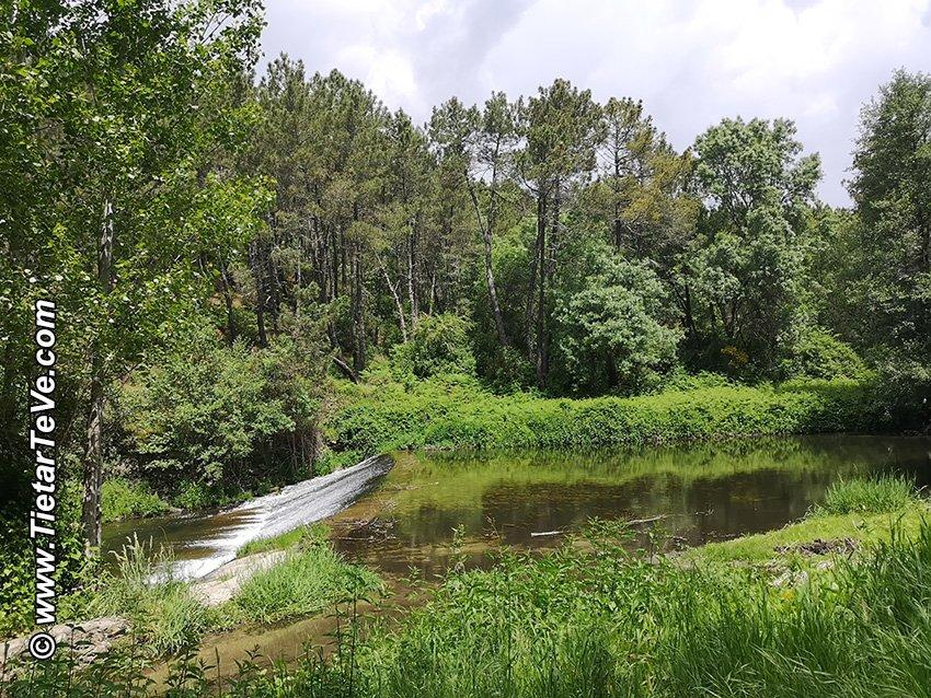 Punto (9) visto desde la otra orilla en el camino de vuelta de la Ruta del Río Ramacastañas