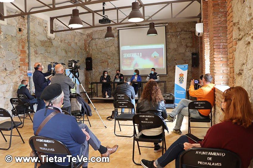 """Presentación del proyecto """"Senderos 2.0"""" de Piedralaves"""