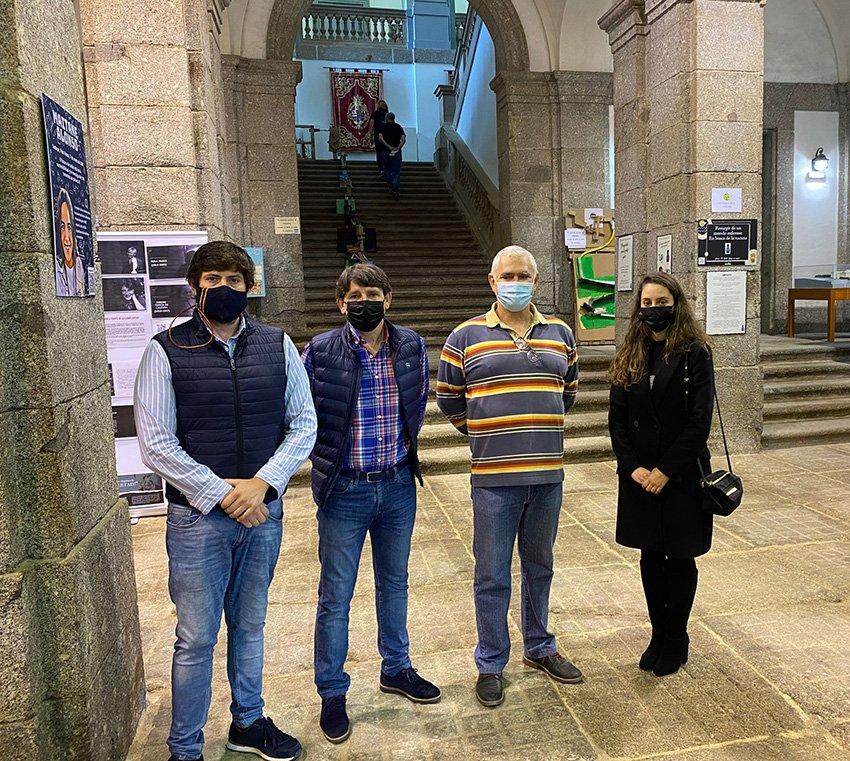 """Inauguración de la Exposición """"Resurgir de un Mundo Enfermo"""" en el Palacio de La Mosquera de Arenas de San Pedro"""